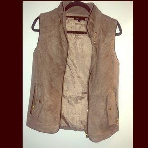 Jackets & Blazers - Suede vest